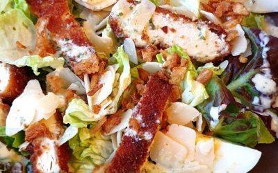 Salade poulet pané